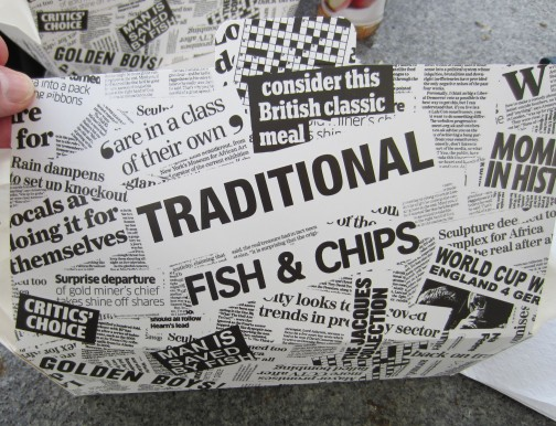 A walker s review of english fish and chips walk ten for Loves fish box menu