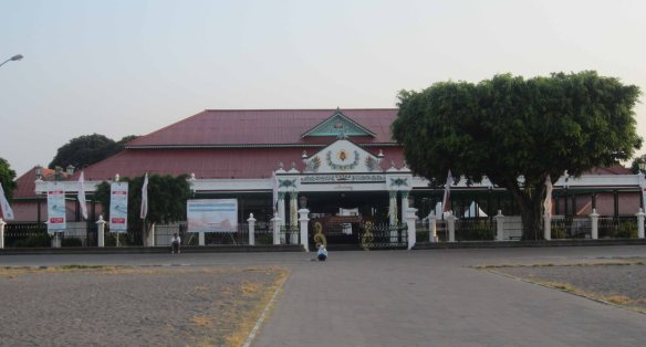This is where I'm headed, the front portico (pagelaran) of the sultan's palace in Jogjakarta