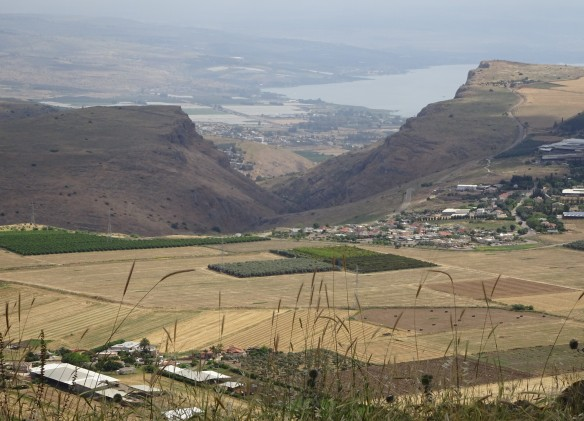 3Jesus_view_to_Arbel_&_Galilee